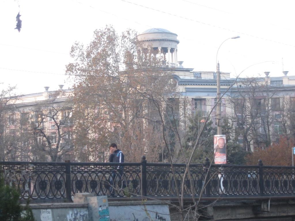 Симферополь. Дом с ротондой. Набережная