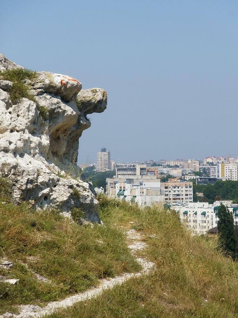 На Петровских высотах в Симферополе