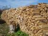 Крымчан попросили чаще греться дровами и углем