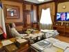 Аксенов смотрел выступление Путина в одиночестве(фото)