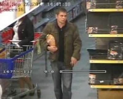 Наряд ДСО зупинив юнака з неоплаченим товаром на виході з супермаркету