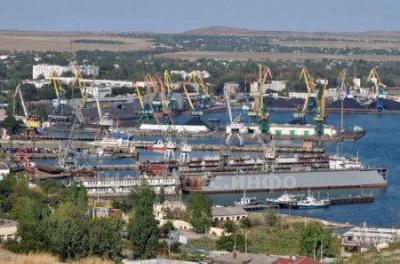 Порт Керчи могут закрыть (фото из интернета)