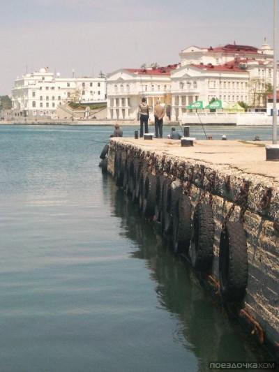 В Севастополе нашли морскую мину в центре города