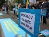 Крымские татары устроили пикет против Могилева аж в Бельгии(фото)