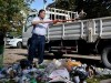 Будущий вице-мэр Симферополя помахал лопатой на субботнике(фото)